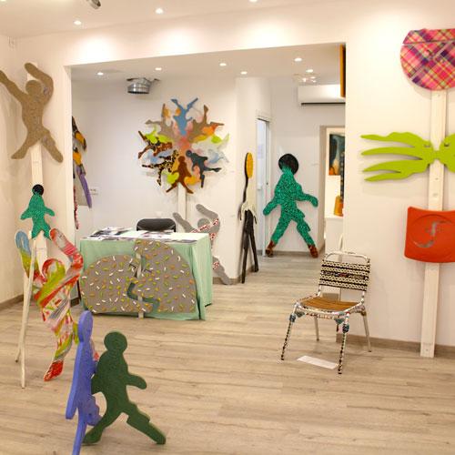 Exposition «En Avant!», «Le Baiser», «Masques et totems», Peinture / Juillet 2017
